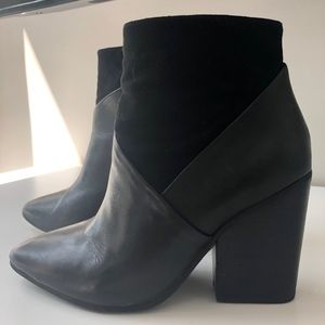 Vince Camuto Raylan Point-Toe Booties